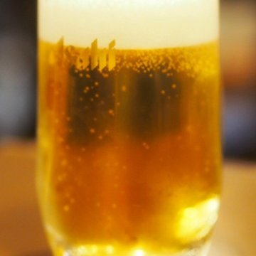 ビールの原料は、麦と、ホップと、40%の税金です!